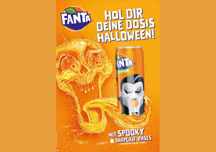Halloween-Edition von Fanta vor orange Hintergrund