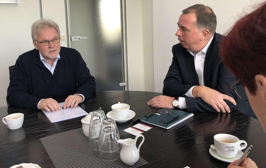 """""""Wir brauchen Brückenbauer"""""""