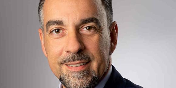 Evgenos wird Verkaufsdirektor