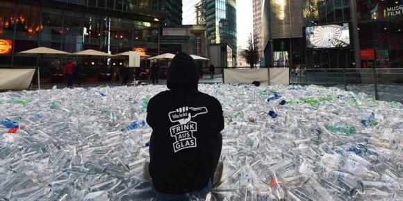 Plastikmüll abgeladen