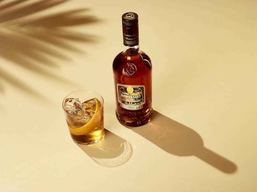 Schlumberger distribuiert kubanischen Rum