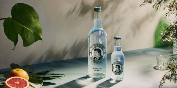 Thomas Henry legt bei 0,75-Liter-Flasche nach