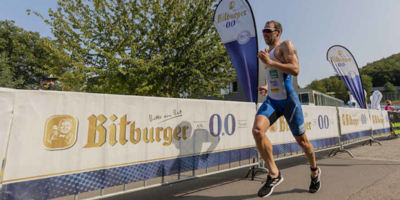 Bitburger 0,0 % bleibt Partner der Triathleten