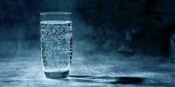 Mineralwasser nicht auf Knopfdruck