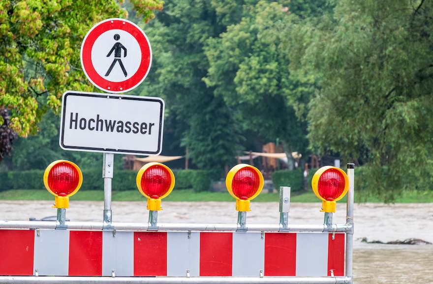 """100.000 Euro für """"Deutschland hilft"""""""
