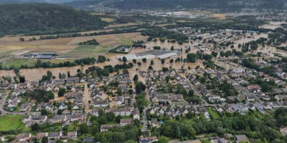 Sinziger Brunnen komplett überschwemmt